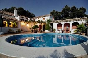 Alquiler casas para vacaciones  casas rurales apartamentos piscina jacuzzi